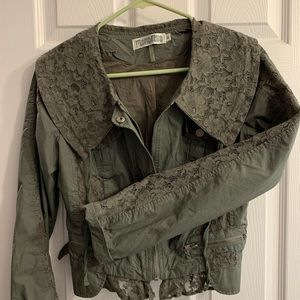 Women's cropped olive jacket